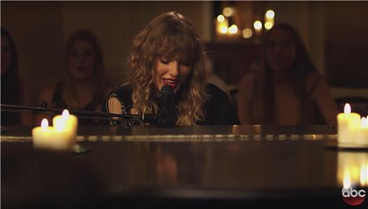 Taylor Swift - New Year's Day Fan Performance (2017) Online