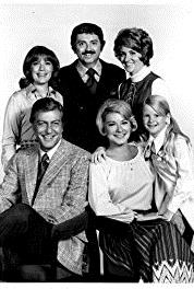 The New Dick Van Dyke Show Dick and the Baby (1971–1974) Online