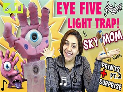 Let's Play with FGTeeV The eye five hand light trap! (2015– ) Online