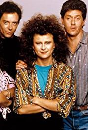 The Tracey Ullman Show Episode #2.7 (1987–1990) Online